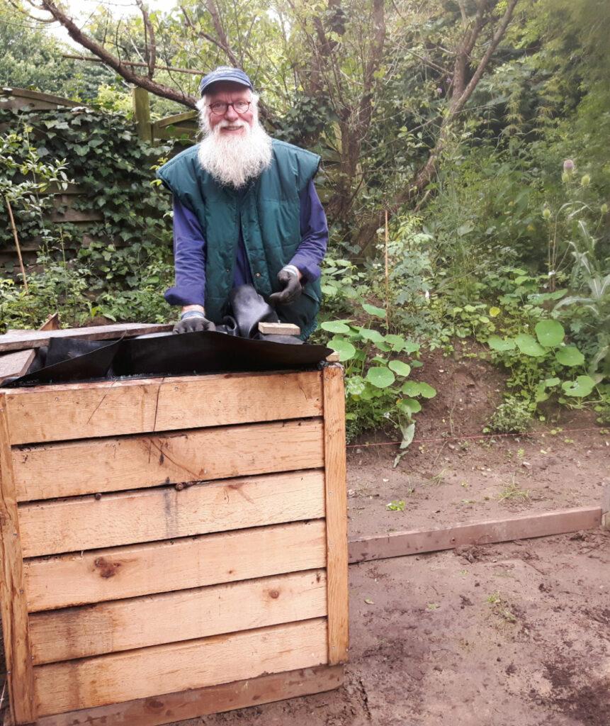 Hochbeet Gardening ist aktuell. Foto: Petra Schweim
